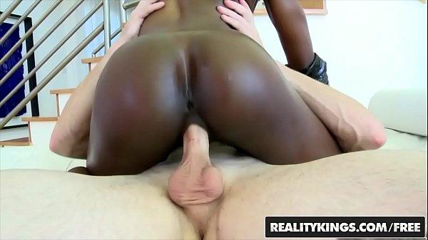 Video porno negra magrinha metendo sem capa